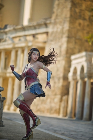dc_wonder_woman_diana_prince_cosplay_by_kilory-dbam6ac